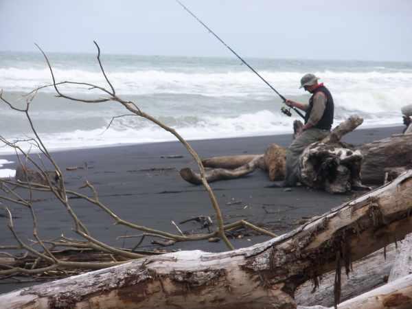 Mokau kawahai fishing